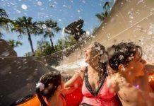 Vattenparker i Orlando. Disneys vattenpark Typhoon Lagoon.