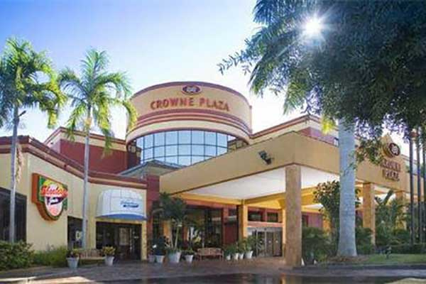 Favorithotell Fort Myers. Crowne Plaza Hotel